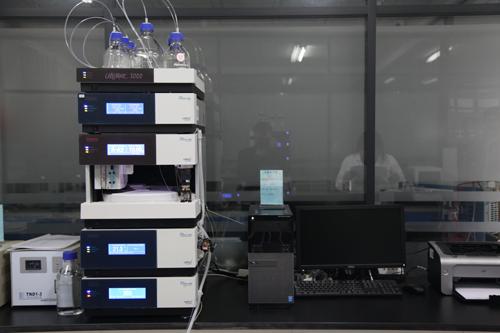 10高效液相色谱仪.png